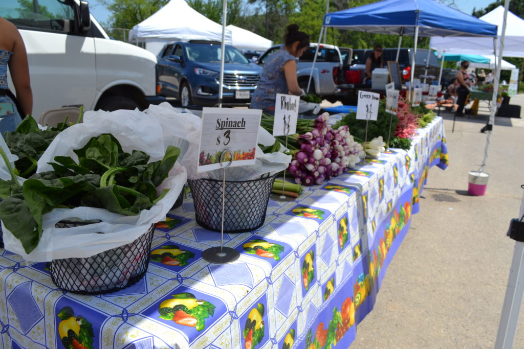 Vegetable table