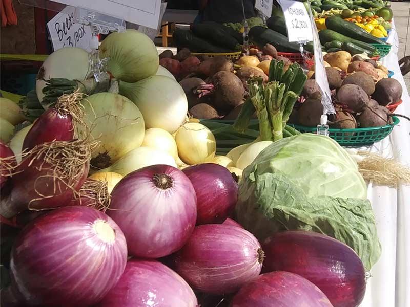 Sua's Bouquet & Vegetables